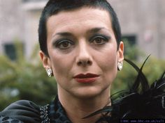 Servalan, Blakes 7 queen of space. Best Sci Fi Series, Avant Garde Film, Short Sassy Hair, Sci Fi Tv Shows, Mr Robot, Classic Sci Fi, Serval, Horror Icons, Kids Shows
