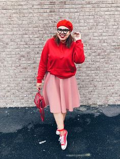 Plus size Fashion: Flare Skirt: Circle Skirt: Red Fashion: Converse: Beret: Hoodie & Skirt: Style Outfit: OOTD Red Fashion, Latest Fashion, Fashion Outfits, Red Bone, Sneaker Games, Outfits With Converse, Beret, Flare Skirt, Plus Size Fashion
