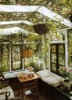 Beauxbaton the little glass house in the wild school garden Beauxbaton das kleine Glashaus im wilden Schulgarten Outdoor Rooms, Outdoor Living, Outdoor Baths, Gazebos, Porches, My Dream Home, Future House, Interior And Exterior, Interior Design
