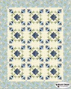 Gentle Breeze - Morning Light Free Quilt Pattern by Maywood Studio Paper Piecing Patterns, Quilt Block Patterns, Pattern Blocks, Quilt Blocks, Colorful Quilts, Blue Quilts, Mini Quilts, Quilting Tutorials, Quilting Designs