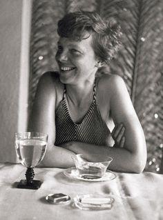 Amelia Earhart, 1935