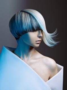 Кликните для закрытия картинки, нажмите и удерживайте для перемещения Short Hair Cuts, Short Hair Styles, Creative Haircuts, Competition Hair, Fantasy Hair, Haircut And Color, Hair Shows, Crazy Hair, Hair Art