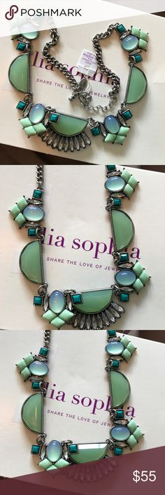 """✅OFFERS✅ STUNNING LIA SOPHIA STATEMENT NECKLACE Never worn! I wear the same jewelry all the time. Measurements: 10"""" around; 20"""" long unchained. Make an offer! Bundle for greater savings! Bundle and make me an offer! Stunning. Pictures are unenhanced. Any questions please ask! Marian 🌹(I don't remember what I paid! Lia Sophia Jewelry Necklaces"""