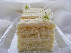 szeretetrehangoltan: Vaníliakrémes szelet (szalalkálival) Vanilla Cake, Ale, Desserts, Food, Tailgate Desserts, Deserts, Eten, Ales, Postres