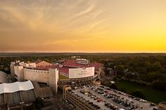 Camp Randall Stadium at sunset. Wisconsin Badgers, Some Beautiful Pictures, Beautiful Places, Lovely Things, University Of Wisconsin Football, The Places Youll Go, Places To See, Great Memories