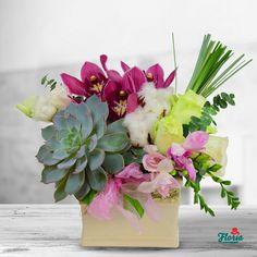 Aranjament Prestige Flower Designs, Lime, Table Decorations, Plants, Furniture, Home Decor, Flower Drawings, Homemade Home Decor, Lima