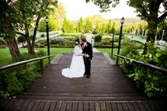 couple at the entrance of the formal garden on the wooden deck - Valverde Country Hotel Affordable Wedding Packages, Country Hotel, Beautiful Wedding Venues, Wooden Decks, Unique Gardens, Wedding Photos, Wedding Ideas, Country Style, Summer Wedding