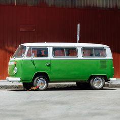 The irresistible classic Volkswagen Microbus – captured!