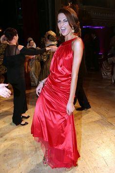 Eliška má ráda divočinu: Bučková na parketu vyhrnovala šaty a ukazovala svá mini stehna - CelebrityNet.cz - Tvůj svět celebrit a novinek