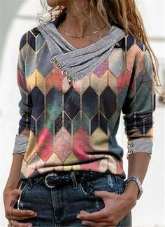 Floryday - Bedste Deals for Det Sidste Indenfor Kvinders Moderne Online Køb Retro Sweatshirts, Sweat Shirt, V Neck T Shirt, Tee Shirts, Geometric Sleeve, Shirt Bluse, Mode Outfits, Printed Blouse, Shirt Shop