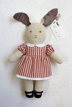 :: Crafty :: Doll :: Animalia ::  Bespoke