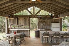 pavilion outdoor kitchen | Outdoor pavillion
