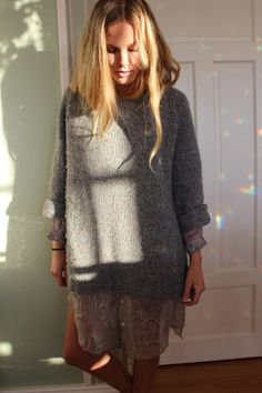 Maria Skappel cozy casual look Trendy Taste, Bohemian Hairstyles, Diy Crochet, Casual Looks, Fashion Beauty, Dress Up, Knitting, Sweaters, How To Wear