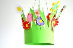 Craft Work For Kids, Easter Crafts For Kids, Preschool Crafts, Diy For Kids, Hat Crafts, Diy Arts And Crafts, Flower Crafts, Diy Flowers, Easter Hat Parade