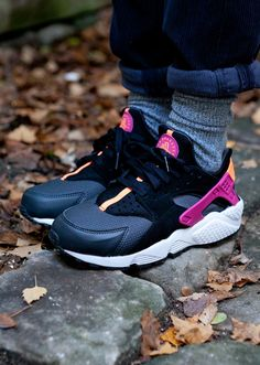 Air Huarache @ SNS | Finishline | Footlocker | Nike US
