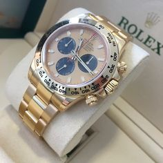 The new style yellow gold Rolex Daytona  Loving this dial!