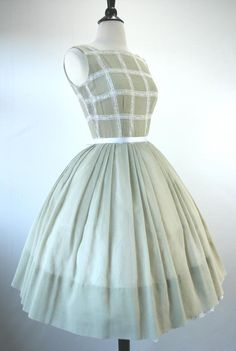 Vintage Pale Green and White 50s Dress