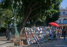 Praça literária. Havana, Cuba.  Fotografia: Alida Thorpe no Flickr.