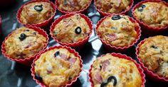 Śniadania - Muffinki na słono-z salami,mozzarellą i oliwkami