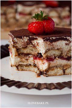 Ciasto tiramisu z truskawkami - I Love Bake Polish Cake Recipe, 200 Calorie Meals, Sweets Cake, 200 Calories, Weight Loss Meal Plan, Food Cakes, Delicious Desserts, Meal Planning, Cake Recipes