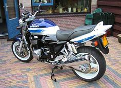 2001 Suzuki GSX By far my favorite naked bike. Suzuki Gsx, Honda Cb, Classic Bikes, Street Bikes, Cars And Motorcycles, Motorbikes, Touring, History, Naked