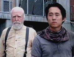 The Walking Dead Season 4, Glenn's bold new fashion statement.