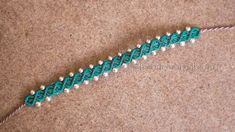 Tutorial: small macrame bracelet adorned with pearls (DIY: macrame bracelet with. Tutorial: small macrame bracelet adorned with pearls (DIY: macrame bracelet with be … – DIY&Cra Macrame Bracelet Tutorial, Friendship Bracelets Tutorial, Diy Bracelets Easy, Thread Bracelets, Loom Bracelets, Jewelry Clasps, Macrame Jewelry, Macrame Bracelets, Diy Macrame