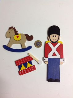 apliques variados com tema soldadinho de chumbo <br>Tamborzinho <br>Cavalinho de balanço <br> (((PREÇO UNITÁRIO !)))