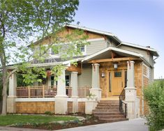 {porch railing} Craftsman exterior - traditional - exterior - denver - Lawrence and Gomez Architects Craftsman Porch, Craftsman Exterior, Craftsman Style Homes, Craftsman Bungalows, Modern Craftsman, American Craftsman, Craftsman Remodel, Craftsman Farmhouse, Exterior Remodel