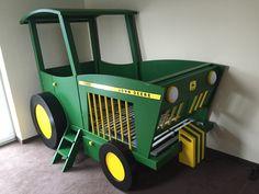 Kinderbett selber bauen traktor  Traktorbett, Treckerbett in Wunschgröße und -Farbe | Toddler rooms ...