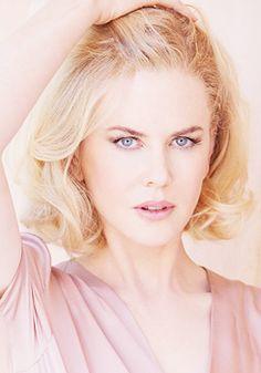 Why can't my hair look like this?! Nicole Kidman