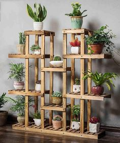 Beautiful Diy Plant Stand Ideas To Fill Your Home With Greenery 1 House Plants Decor, Plant Decor, Indoor Garden, Indoor Plants, Indoor Outdoor, Balcony Garden, Hanging Plants, Indoor Plant Shelves, Diy Plant Stand