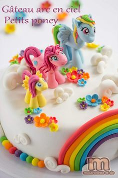 Little Pony's Regenbogentorte – Macaronette et cie Cake Decorating With Fondant, Cake Decorating Supplies, Themed Birthday Cakes, Themed Cakes, Cake Frosting Designs, Deco Cupcake, Cake Mix Banana Bread, Healthy Birthday, Decoration Patisserie