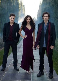 Paul Wesley, Nina Dobrev & Ian Somerhalder...I'm in love with this picture.