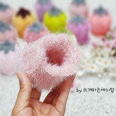 [공개도안]예늬맘의 창작 초롱꽃수세미 <VERSION 2>를 다시 오픈합니다~^^ : 네이버 블로그 Origami, Crochet Flowers, Knit Crochet, Crochet Patterns, Knitting, Blog, Crafts, Inspiration, Crocheted Flowers