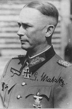 General der Infanterie Gerhard Matzky (1894-1983).- Kommandeur 21.Infanterie Division.