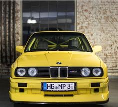 (*) Twitter Bmw E30 M3, Bmw Classic, Nice Cars, Bmw Cars, Car Manufacturers, Vroom Vroom, Luxury Cars, German, Trucks