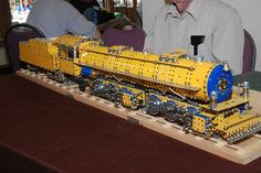 Meccano Locomotive by Bob Ford Train Pictures, Childhood Toys, Steam Locomotive, Model Trains, Monster Trucks, Bob, Projects, Prints, Historia