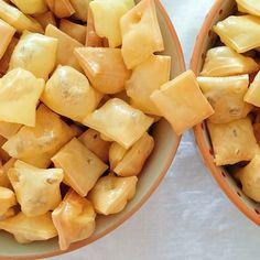 Käsepops - Gepuffter Käse - Low Carb - Rezept - Fourhang auf