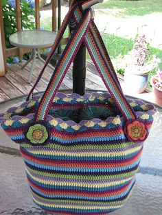 Crochet Bag And Pattern : 1000+ images about BAG - RAINBOW on Pinterest Crochet ...