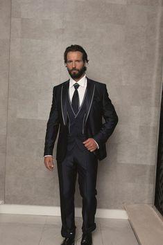 2017 Latest Coat Pant Designs Black Wedding Suits Slim Fit 3 Piece Tuxedo Custom Suit Groom Prom Stylish Blazer Terno Masculino