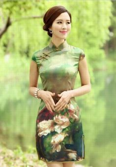 Style: short qipao sleeve style:  short Collar shape: stand Fabric: cotton Size:  S M L XL  Characteristics:Elegant Design: hand-painted Purchasing from the factory directly, cheap, selling, new style, fashion.Thickness and softness moderate.