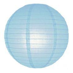 Luxe bol lampion lichtblauw 25 cm. Bol lampion van ongeveer 25 cm groot in de kleur lichtblauw. Voor een leuk effect gebruik deze lampion in combinatie met een LED lampje. In de lampion zit een haakje waar je het LED lampje aan kunt hangen. De lampion is niet brandvertragend.