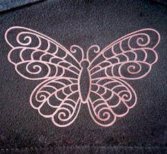 Plotterdatei Freebie Schmetterling geschnitten mit meinem Plotter (Cameo) auf T-Shirt (Ärmel)