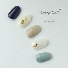 再販3 甘すぎないネイル No.4 | ハンドメイドマーケット minne Really Cute Nails, Cute Nail Art, Love Nails, Pretty Nails, Diamond Nail Art, Nail Garden, Kawaii Nails, Nail Tattoo, Nails Only