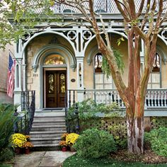 The Dresser-Palmer House in Savannah, Ga.  Built in 1876 and has has 16 rooms.  Today is one of the South's coziest inns.  Picture courtesy Southern Living