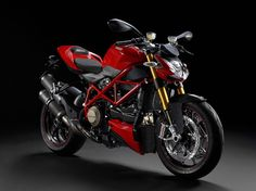2011 Ducati Streetfighter S Motorcycle Ducati Motorcycles, Vintage Motorcycles, Custom Motorcycles, Custom Bikes, Cars And Motorcycles, Moto Ducati Monster, Ducati Streetfighter S, Motorcycle Wallpaper, Motorcycle Photography