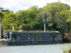 houseboat barge france