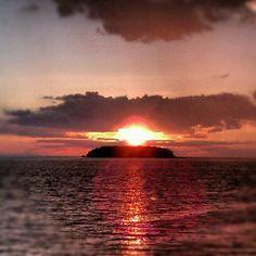 Sun setting over Lake Erie. Put in bay island. Ohio