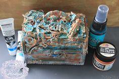 Mixed Media Patina Treasure box - See Possibility Everywhere  #MaremiSmallArt #Lindysstampgang #Lindys #Mixedmedia #Magicals #Starburst #MoonShadowMist